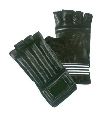 Punching Mitt with Cut Fingers
